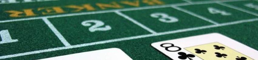 Spela baccarat på online casino!